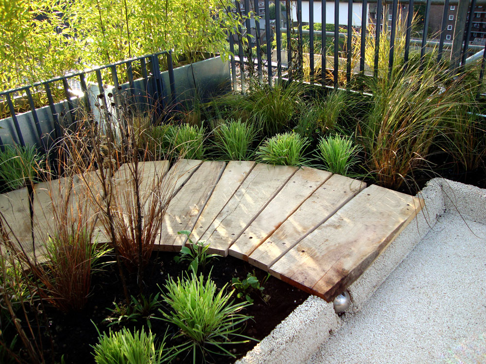 urban roof gardens portfolio. Black Bedroom Furniture Sets. Home Design Ideas